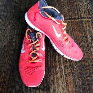 Nike coral punk sneakers